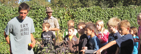 bluebird-farm-field-trip-nce-2nd-graders-030