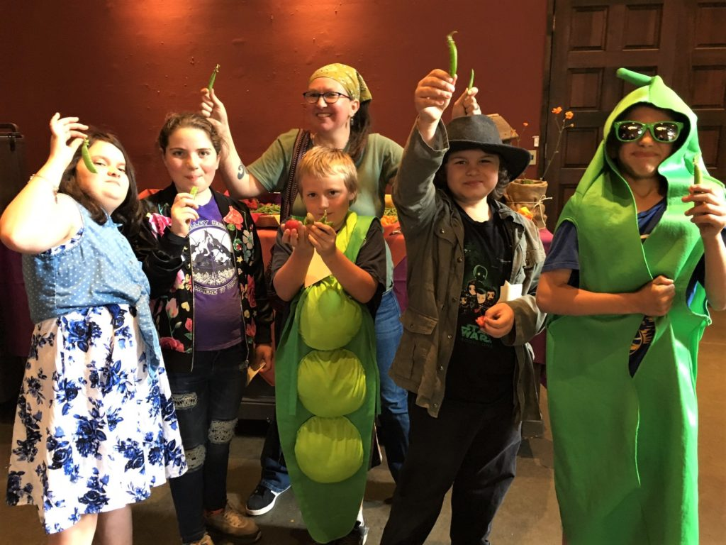 Nevada City School of the Arts students perform a pea song at annual fundraiser - Sierra Harvest