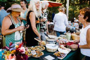 volunteer farm potluck at food love farm - lenkaland photography
